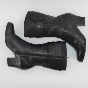 Born mid calf leather boots